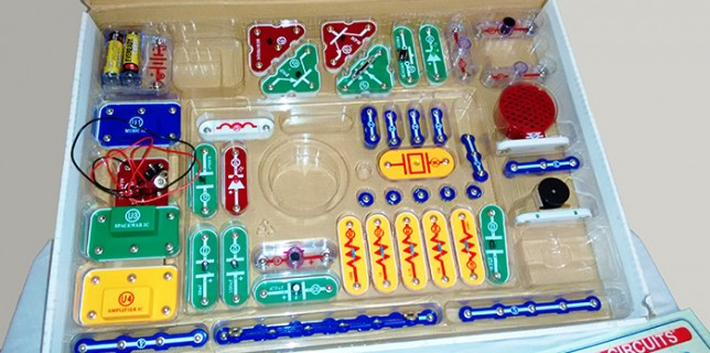 Electronic Snap Circuit Kit by Elenco